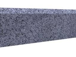 Гранитная плитка , брусчатка, ступени , бордюры , подоконники , полосы