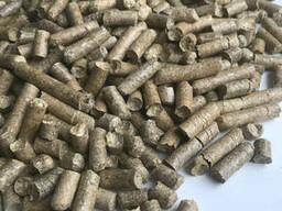 Гранульована солома пшенична (гранули / пеллети)