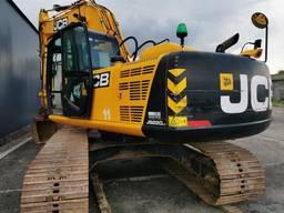 Гусеничный экскаватор JCB JS220LC (2014 год)