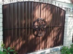 Забор из профлиста, навес, двери металические, лестница Херсон