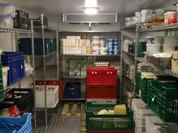 Холодильна/морозильна камера для квітів, мяса, овочів, напівфабрикатів, молочки