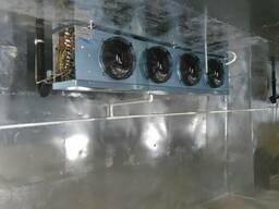 Холодильная камера для хранения творога