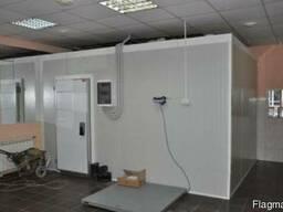 Холодильное оборудование для хранения полутуш мяса. Крым.