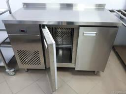 Холодильный стол двухдверный из нержавейки