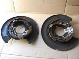 Honda CR-V диск опорный с колодками авторазборка - photo 1