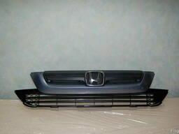 Honda CR-V решетка радиатора автозапчасти