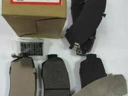 Хонда CRV . 2007 - 2012 - Передние тормозные колодки .