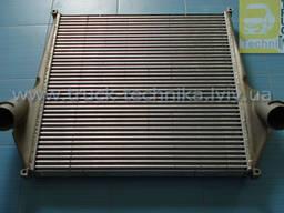 Интеркуллер RVI Magnum, радиатор воздуха 5010269987
