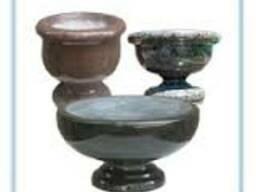 Изделия из гранита точенные:балясины,шары,вазы,колонны.