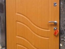 Изготовление бронированных дверей. Металлические двери с МДФ