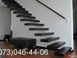 Изготовление деревянных лестниц киев