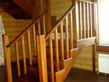 Изготовление лестниц из дерева на заказ - фото 2