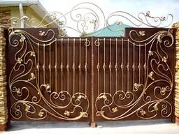 Изготовление металлических распашных ворот. Изготовление и продажа металлических конструкц
