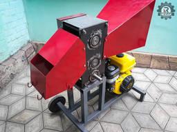 Измельчитель веток REZAK РБ 100, до 100 мм. Бензиновый двиг.