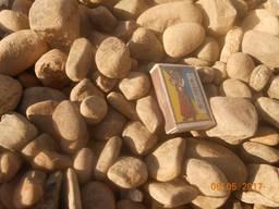 Камень. Галька речная коричневая 20-70 мм