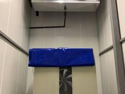 Холодильна камера для зберігання малини, лохини, полуниці