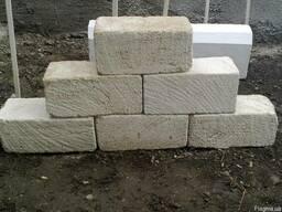 Камінь стіновий ( Вапняковий)(Ракушняк)