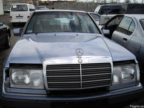 Капот Mercedes 124