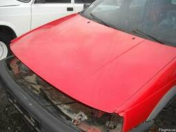 Капот Volkswagen Passat B3 1988-1993 универсал.