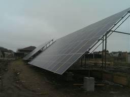 Каркас, стійки конструкції під сонячні панелі.