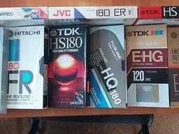 Кассеты для видеомагнитофона, видеокассеты, есть и чистые