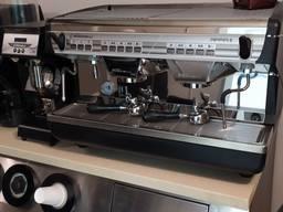 Кавоварка професійна для кав'ярні, кафе, ресторану