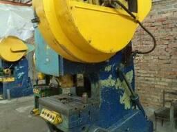 КД2330 однокривошипный пресс простого действия 100 тонн