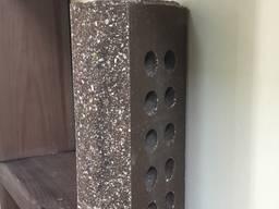 Кирпич облицовочный пустотелый Эко-Брик скала тычок коричневый. Размер 230х100х65 мм.