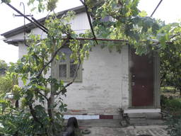 Кирпичный дом на участке 9 соток с садом в 4км от телевышки