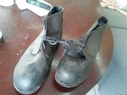 Кирзовые рабочие ботинки на гвозде