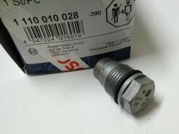 Клапан аварийного сброса давления на Trafic 1,9. Vivaro 1,9