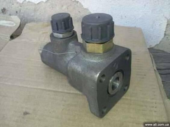 Клапан деления потоков Т-40 Т30-3405190