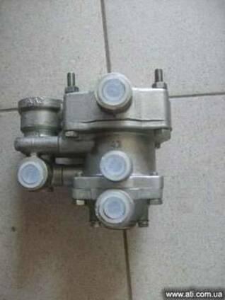Клапан управления тормозами прицепа КрАЗ, запчасти КрАЗ