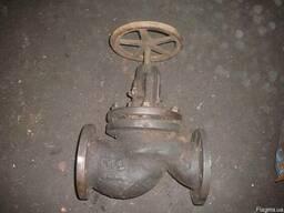 Клапан запорный проходной фланцевый 15кч14п Ду 100 Ру 16