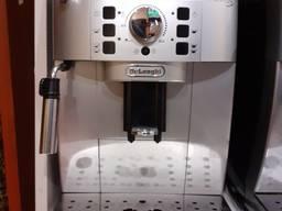 Кофеварка Delonghi Magnifica S