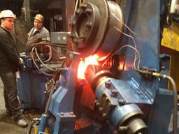 Кольцепрокатный стан для производства трубопроводных хомутов