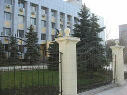 Столб для забора бетон Политеп высотой 1,8 м