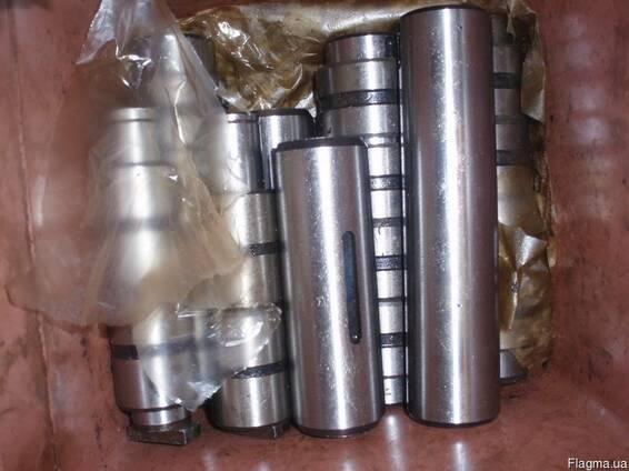 Комплект осей и втулок на термопластавтомат ДЕ 3330Ф1