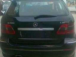 Комплектная крышка багажника Фонари Mercedes W245 2005-2008