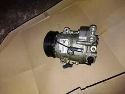 Компрессор кондиционера 1, 7 Opel Astra J 13387234. ..
