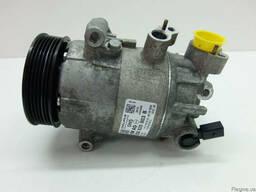 Компрессор кондиционера Разборка VW Polo 6R Mk7 5Q0820803B