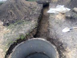 Копка выгребной ямы Киев.