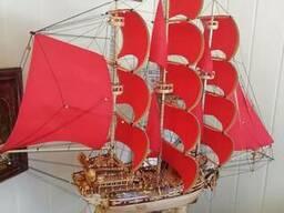 Корабель сувенірний.Сувенірні вироби з натурального дерева
