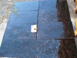 Коричневый гранит Tan Brown плитка ,слябы, полоса в наличии