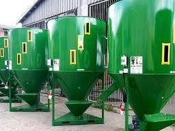 Змішувач Комбікормів, від Польського виробника M - ROL, 2000 кг.
