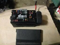 Коробка блок предохранителей 13313205 1247021 13368645. ..