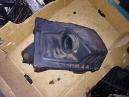 Корпус коробка воздушного фильтра Opel Astra H 55353503. ..
