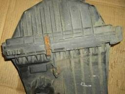 Корпус воздушного фильтра Nissan Vanette HC23 2. 3D 1995-2001