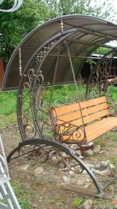 Кованная скамейка.