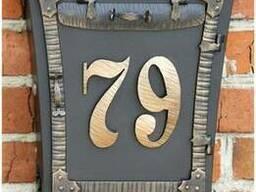 Кованый почтовый ящик Бабочка с номером дома и трубой